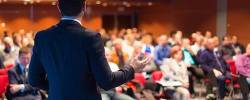 Como contratar um palestrante? Melhores práticas
